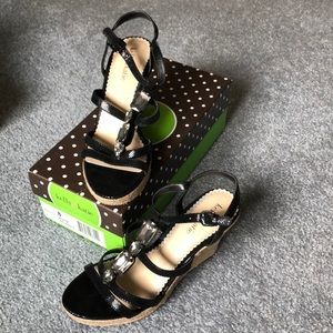 Kelly&Katie black wedges